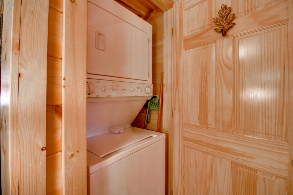 Big Daddy's Hideaway - Sevierville Vacation Rental - Photo 24