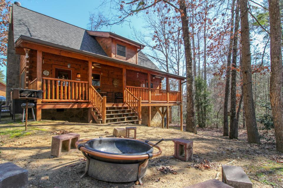 Big Daddy's Hideaway - Sevierville Vacation Rental - Photo 25