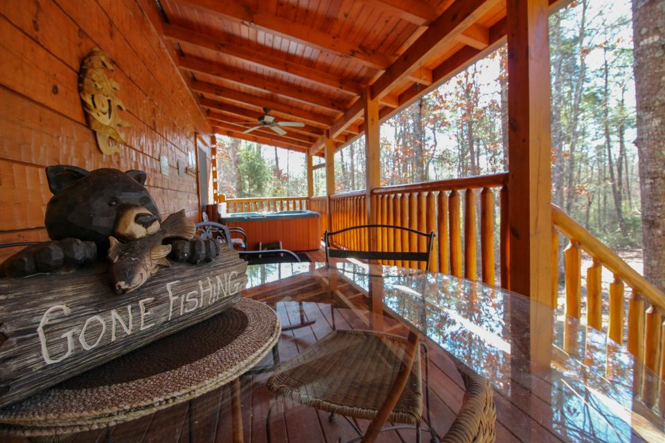 Big Daddy's Hideaway - Sevierville Vacation Rental - Photo 26