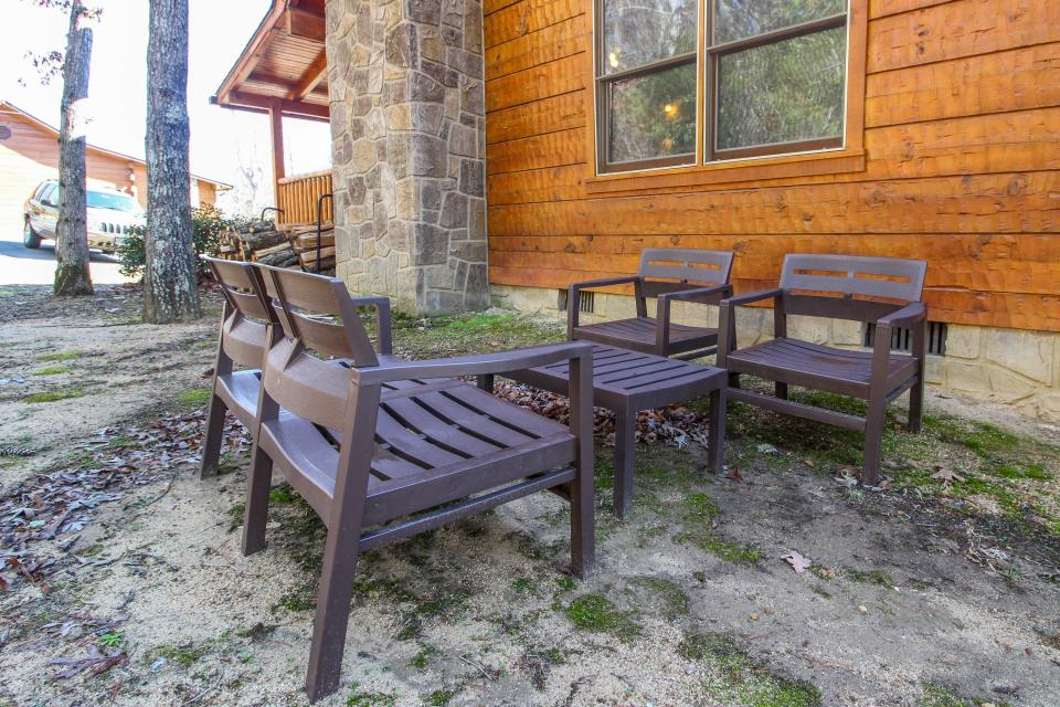 Big Daddy's Hideaway - Sevierville Vacation Rental - Photo 30