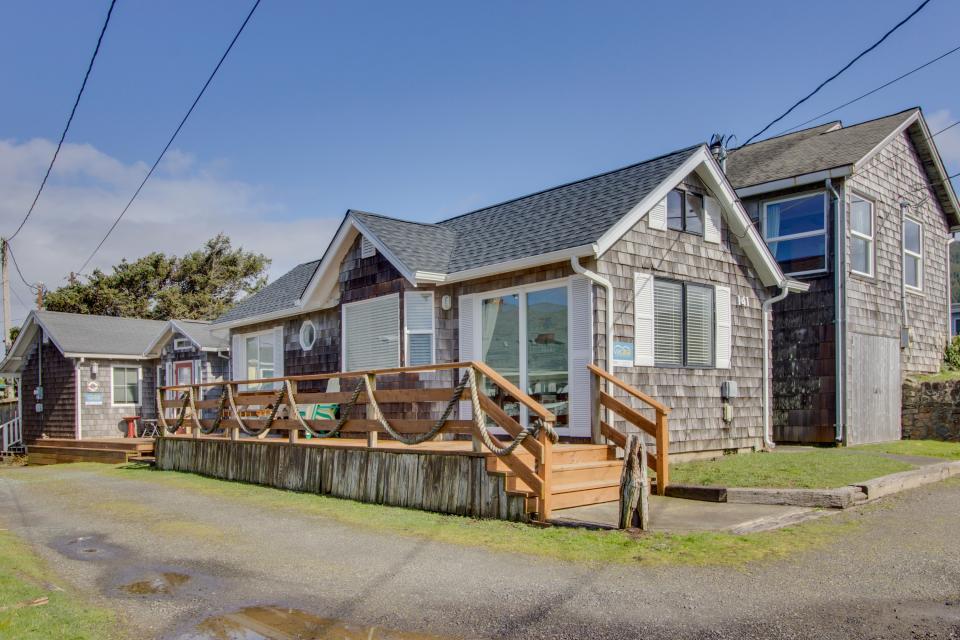 Second Tide - Oceanview Cottage - Rockaway Beach Vacation Rental - Photo 18