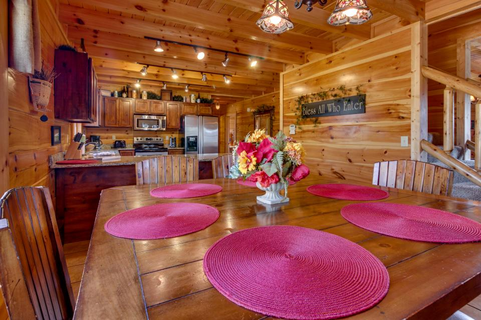 Bearadise View  - Sevierville Vacation Rental - Photo 1