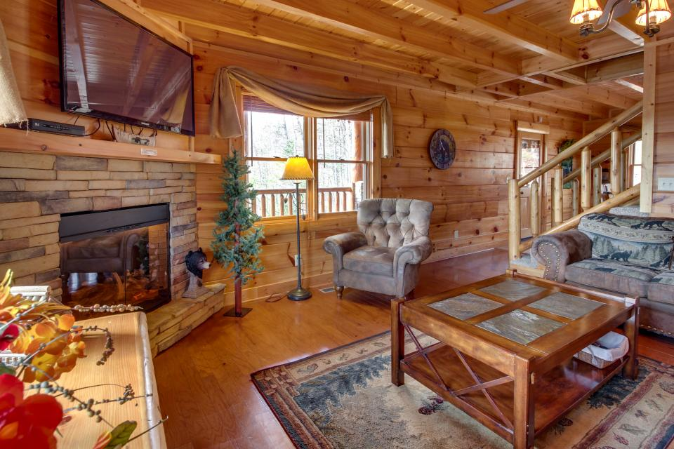 Bearadise View  - Sevierville Vacation Rental - Photo 2