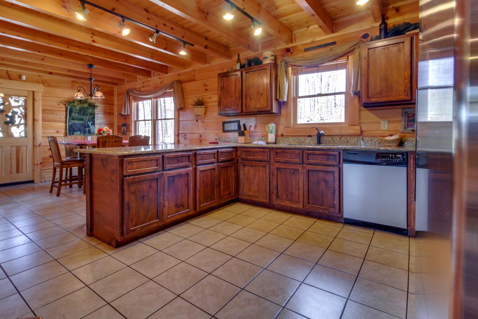 Bearadise View  - Sevierville Vacation Rental - Photo 9