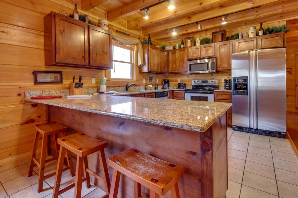 Bearadise View  - Sevierville Vacation Rental - Photo 10