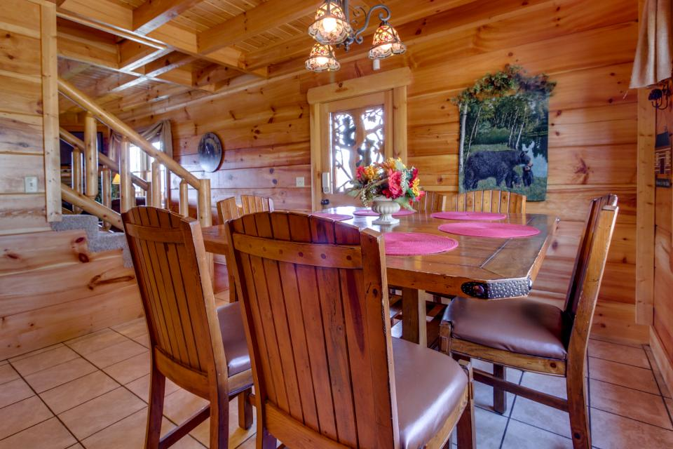 Bearadise View  - Sevierville Vacation Rental - Photo 11