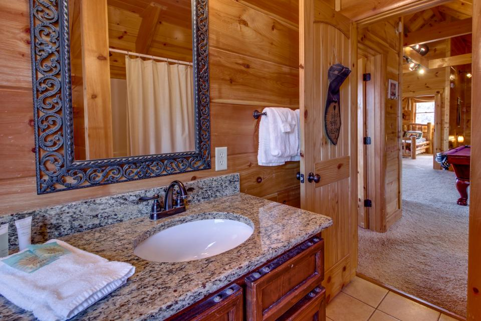 Bearadise View  - Sevierville Vacation Rental - Photo 22
