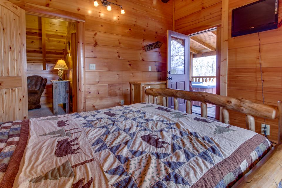 Bearadise View  - Sevierville Vacation Rental - Photo 23