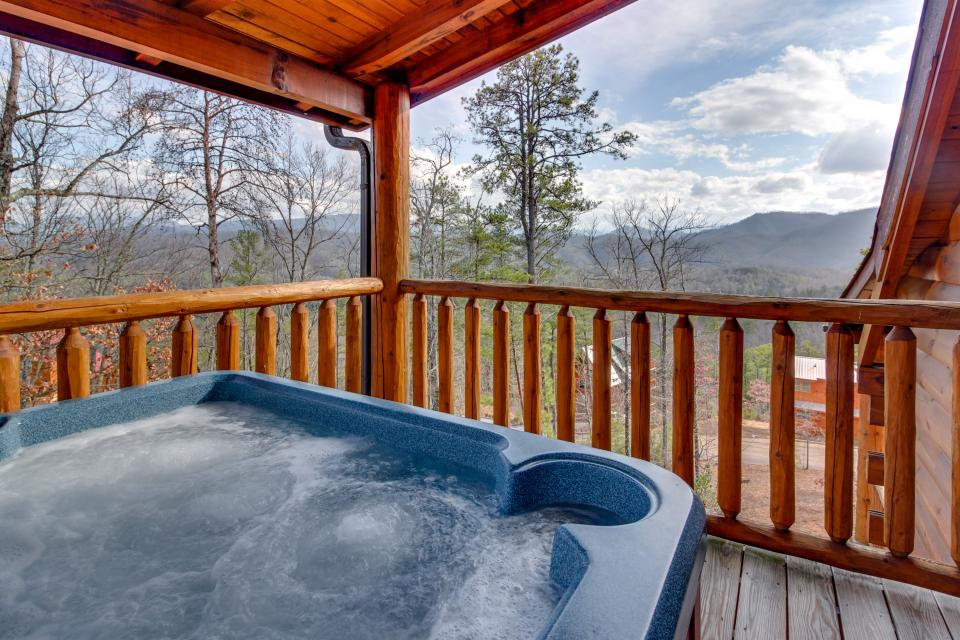 Bearadise View  - Sevierville Vacation Rental - Photo 24