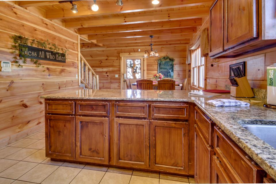 Bearadise View  - Sevierville Vacation Rental - Photo 34