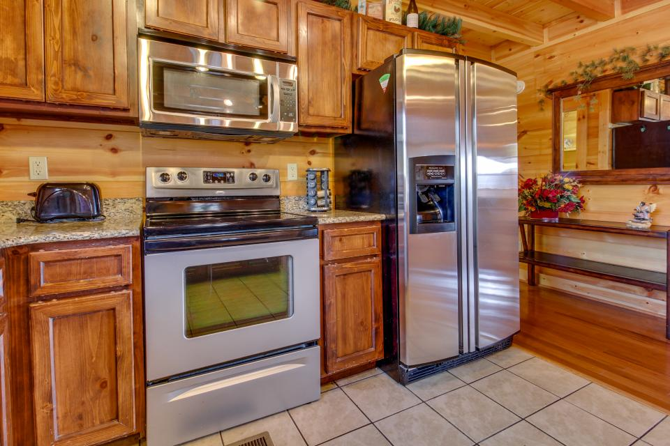 Bearadise View  - Sevierville Vacation Rental - Photo 35