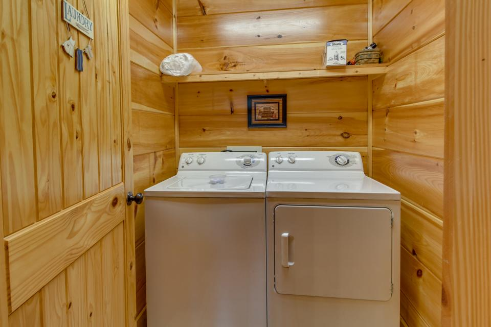 Bearadise View  - Sevierville Vacation Rental - Photo 39