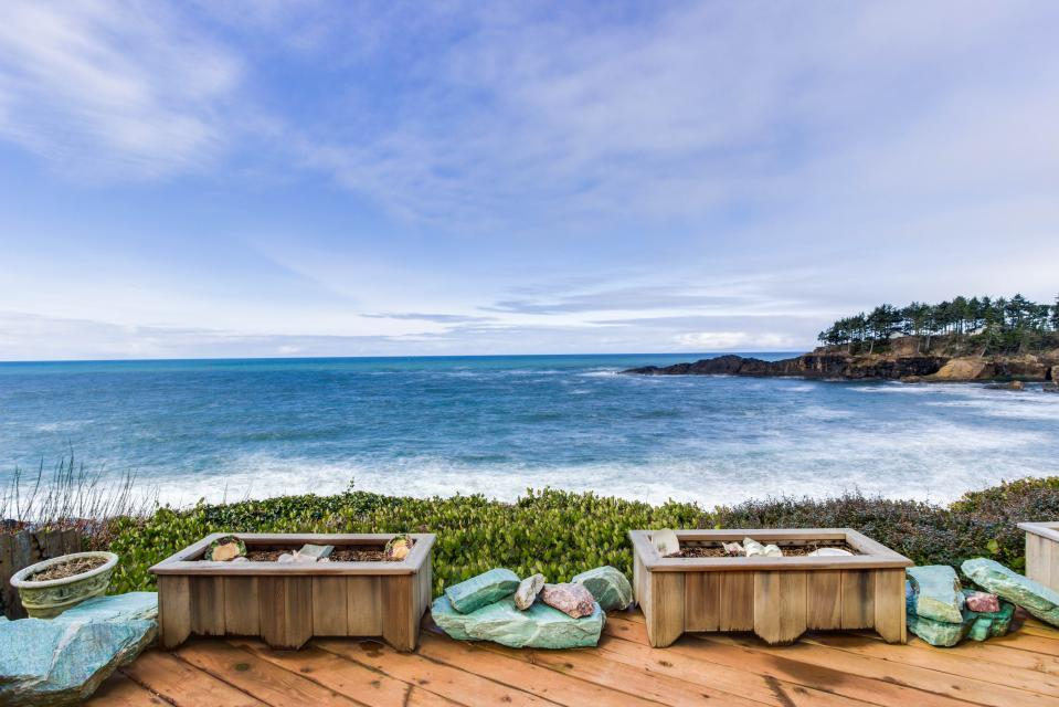 Ocean Garden Suite - Depoe Bay Vacation Rental - Photo 27