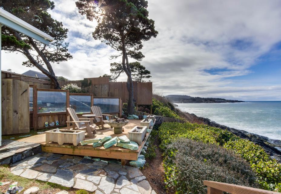 Ocean Garden Suite - Depoe Bay Vacation Rental - Photo 24