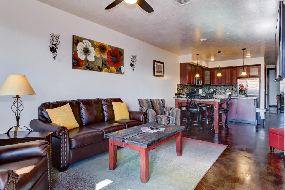 La Dolce Vita Villa's - Paraiso - Moab Vacation Rental - Photo 4