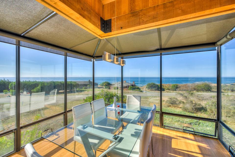 Breakers Retreat - Sea Ranch Vacation Rental - Photo 1