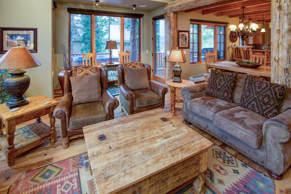 ... Moonlight Mountain Home 39   Big Sky Vacation Rental   Photo 6 ...