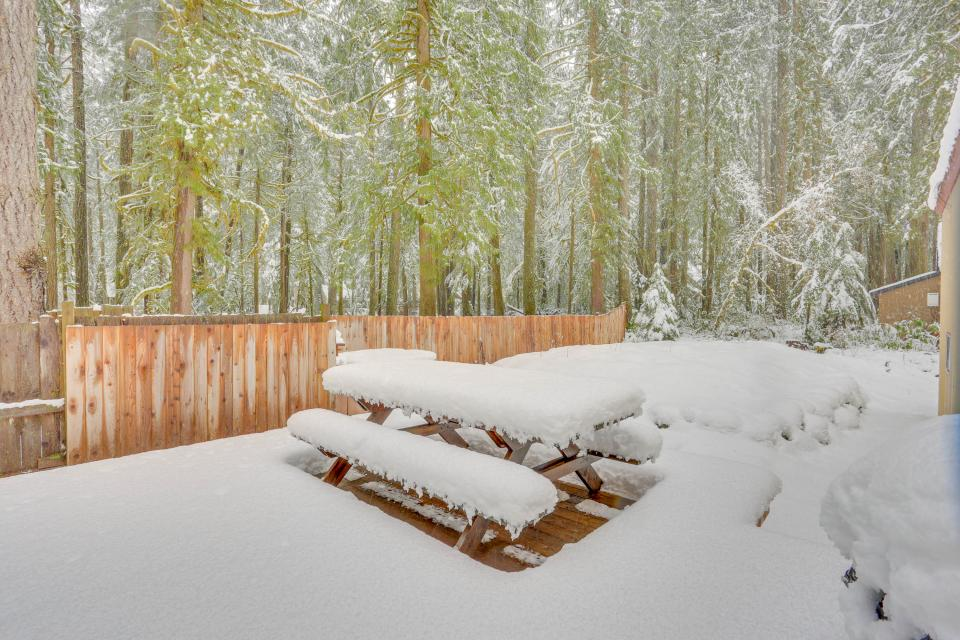 The Sharp Cabin - Rhododendron Vacation Rental - Photo 32