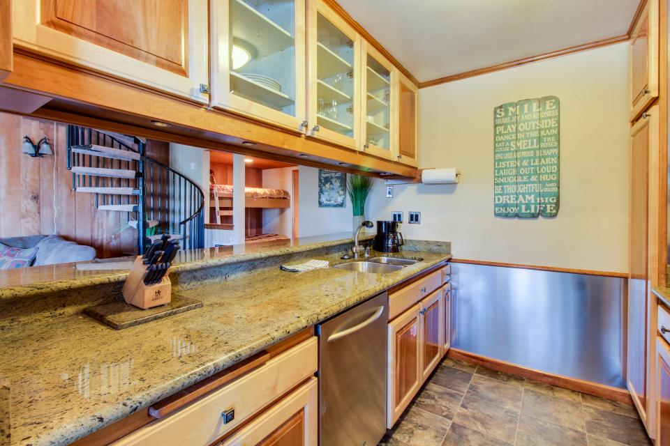 Discovery 4 102 - Mammoth Lakes Vacation Rental - Photo 7