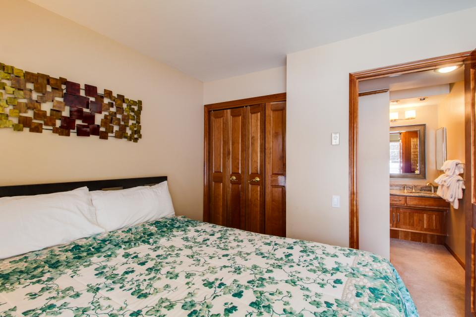 Discovery 4 102 - Mammoth Lakes Vacation Rental - Photo 18
