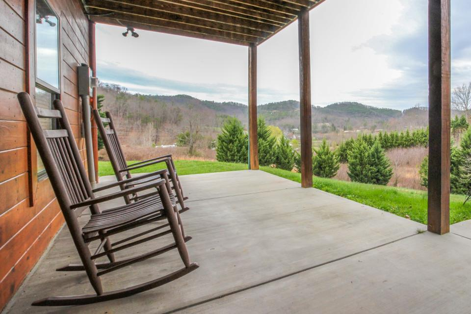 Fit For Kings - Sevierville Vacation Rental - Photo 39