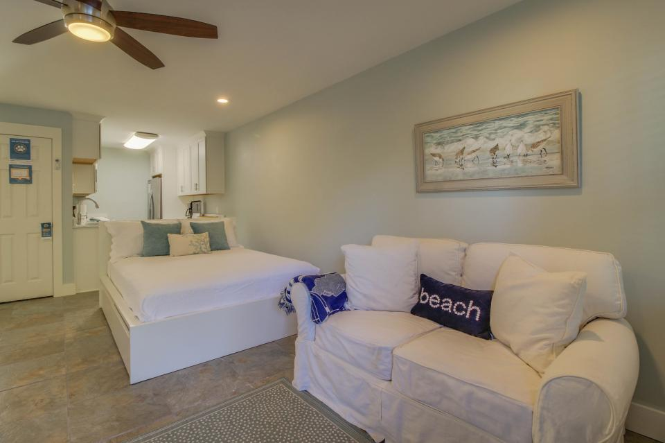 104 Inlet Sands Condo - Panama City Beach Vacation Rental - Photo 10