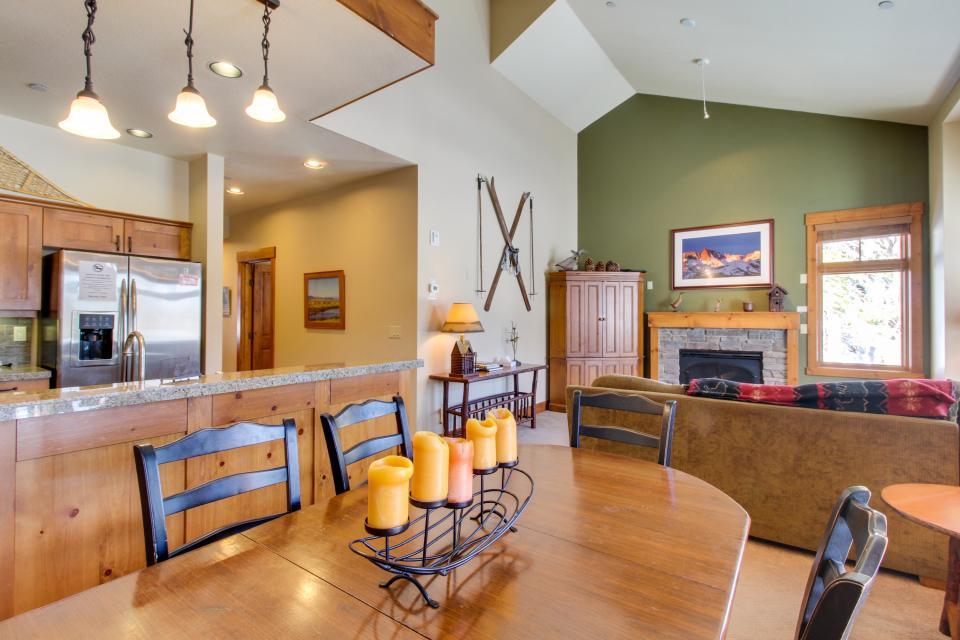 Cabins 24 - Mammoth Lakes Vacation Rental - Photo 8