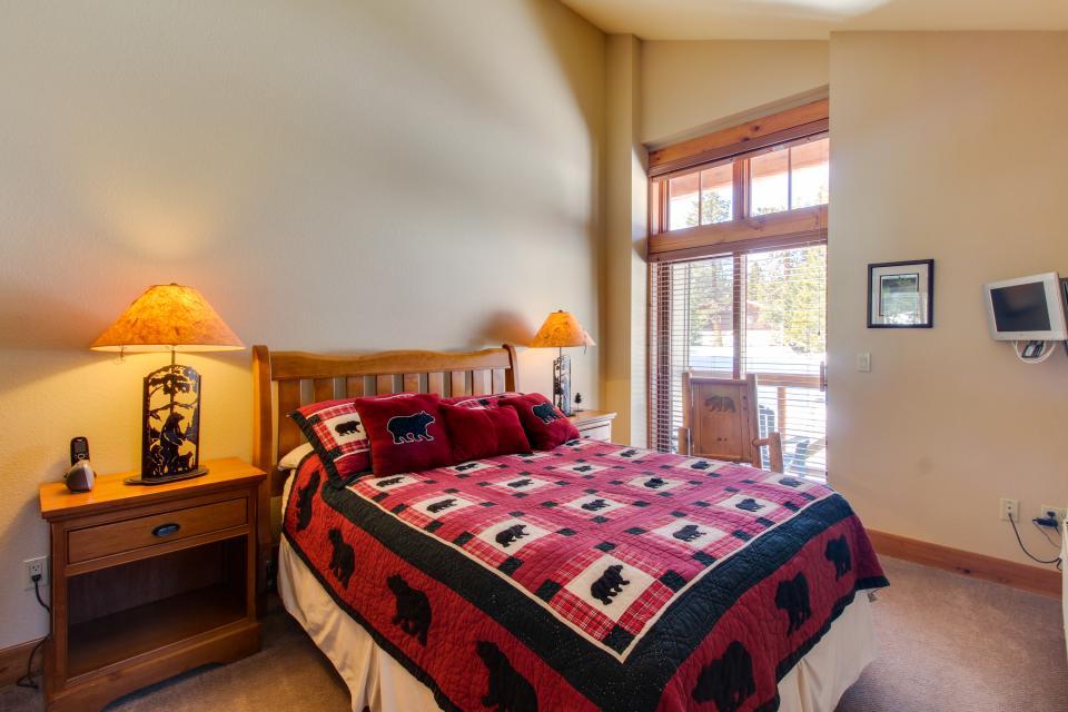 Cabins 24 - Mammoth Lakes Vacation Rental - Photo 17