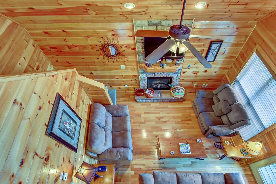 Fit For Kings - Sevierville Vacation Rental - Photo 12