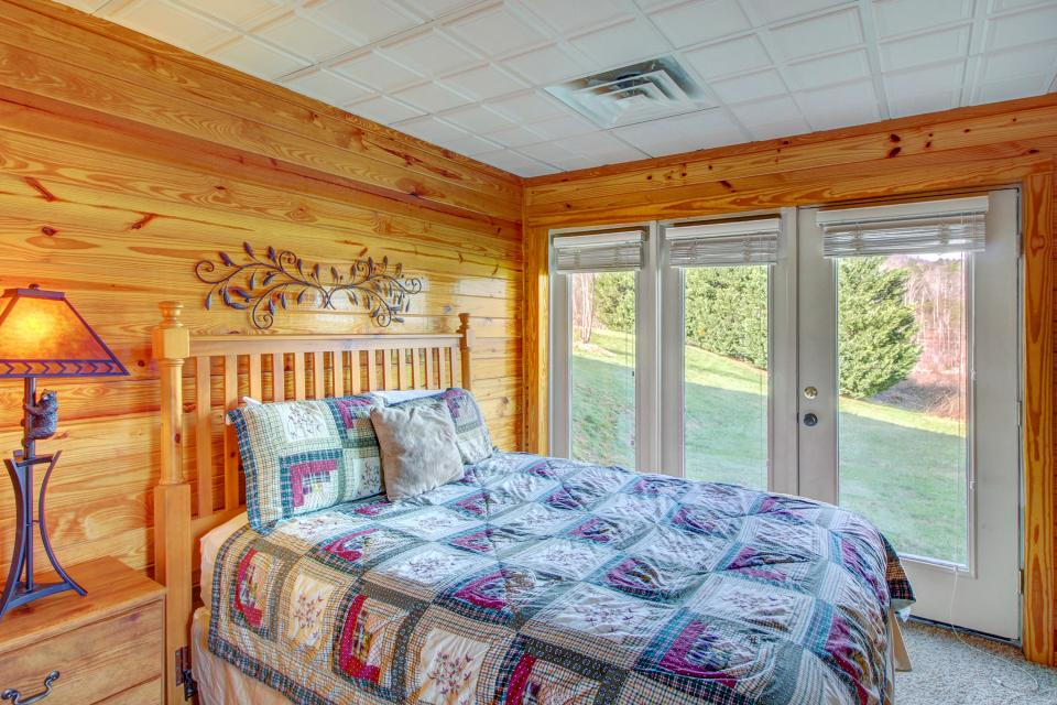 Fit For Kings - Sevierville Vacation Rental - Photo 24
