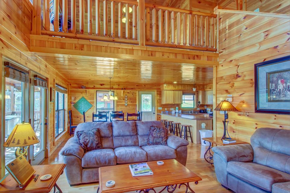 Fit For Kings - Sevierville Vacation Rental - Photo 13