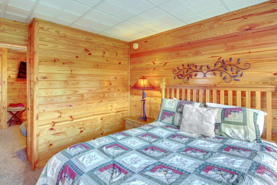 Fit For Kings - Sevierville Vacation Rental - Photo 23
