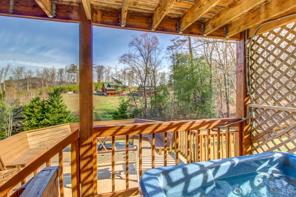 Fit For Kings - Sevierville Vacation Rental - Photo 36