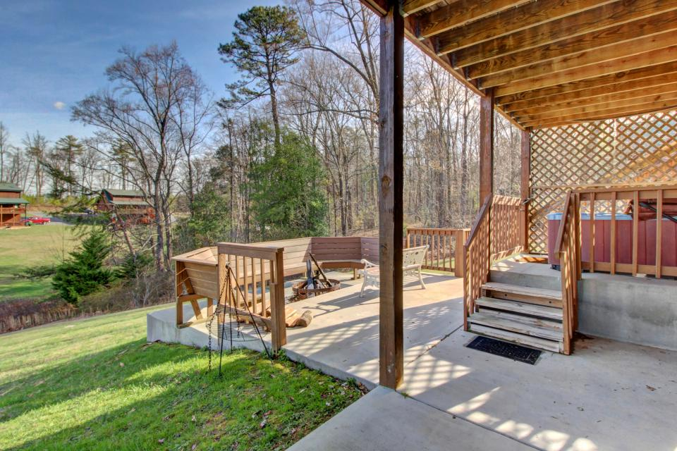 Fit For Kings - Sevierville Vacation Rental - Photo 35