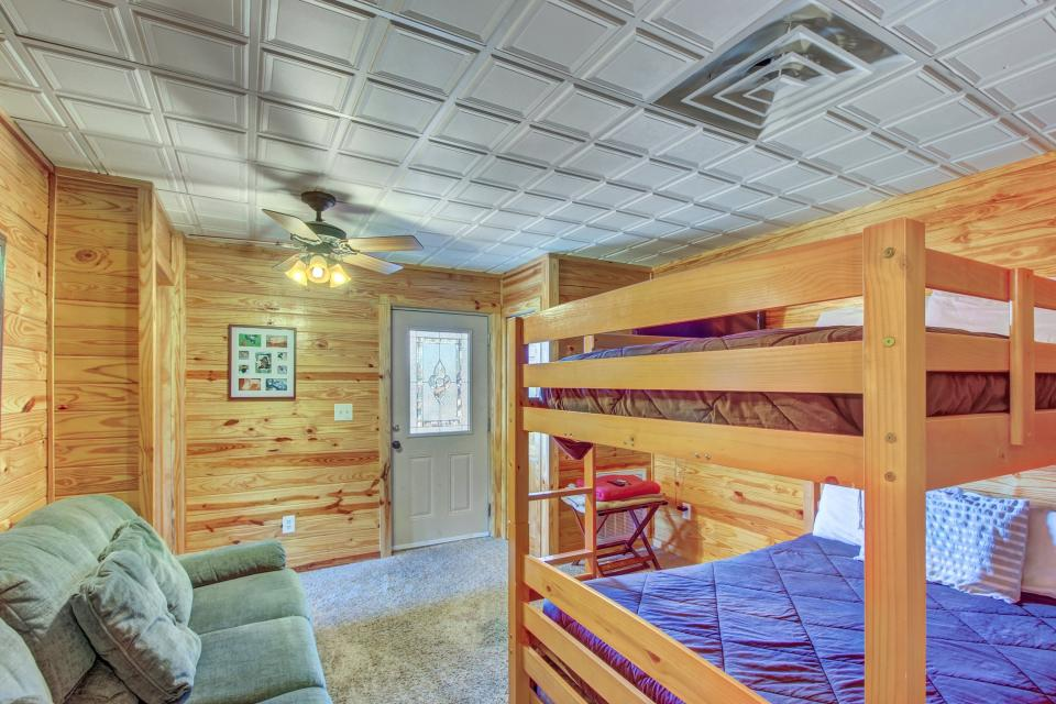 Fit For Kings - Sevierville Vacation Rental - Photo 29