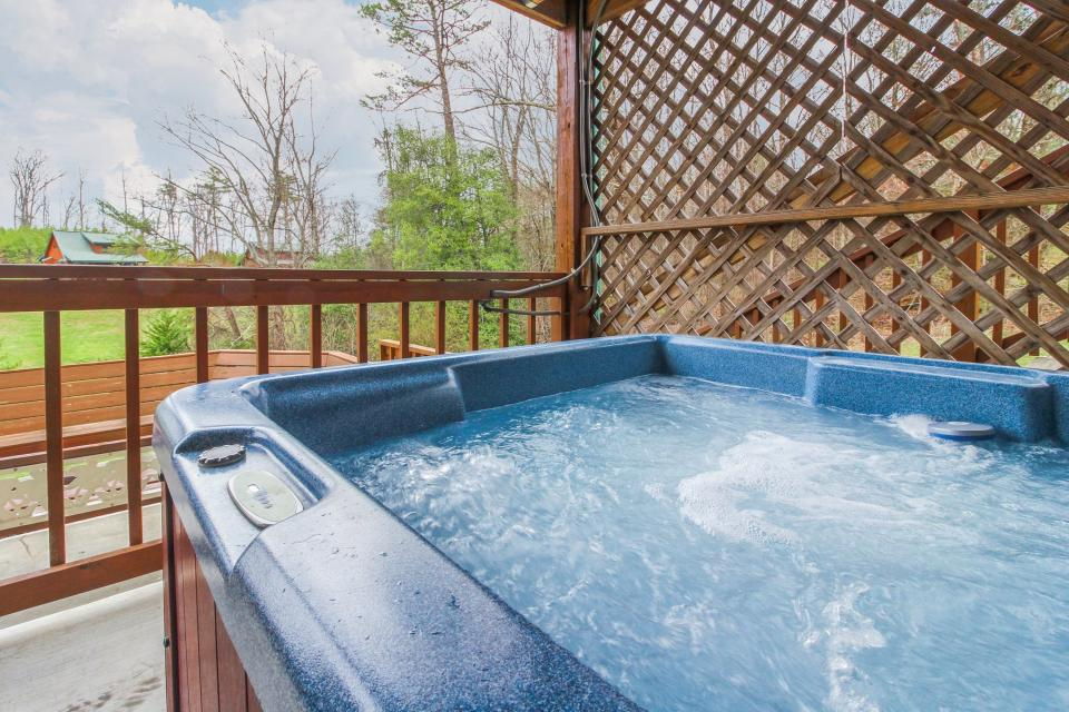 Fit For Kings - Sevierville Vacation Rental - Photo 37