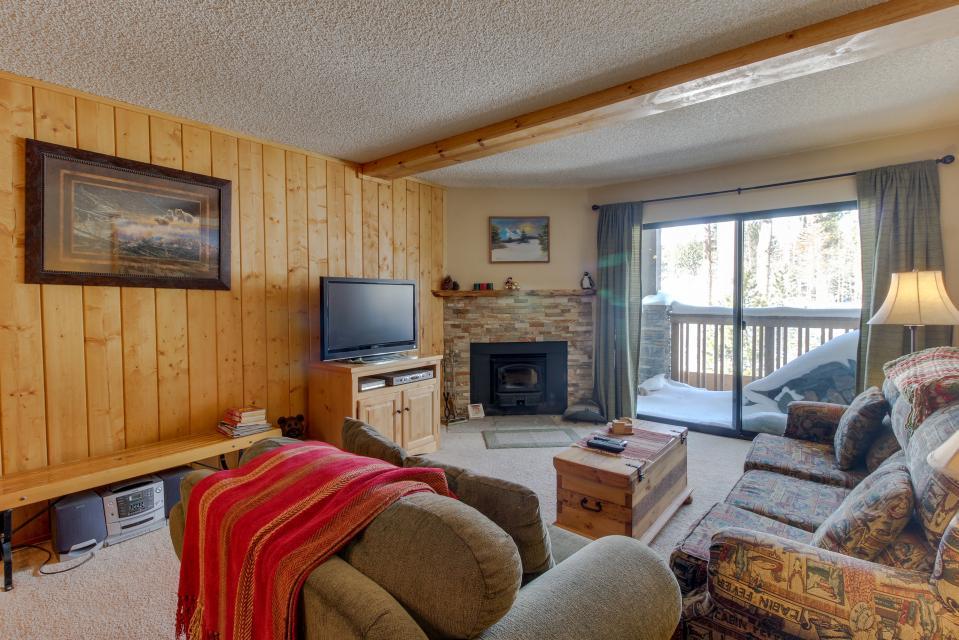 The Summit 213 - Mammoth Lakes Vacation Rental - Photo 1
