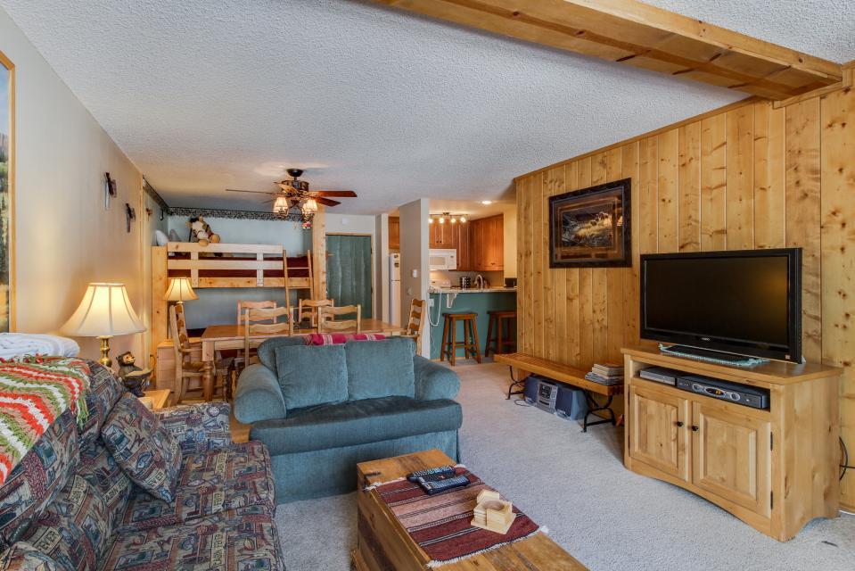 The Summit 213 - Mammoth Lakes Vacation Rental - Photo 7