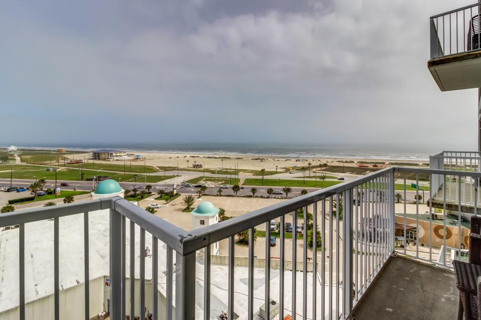 Emerald By The Sea #806 - Galveston Vacation Rental - Photo 27
