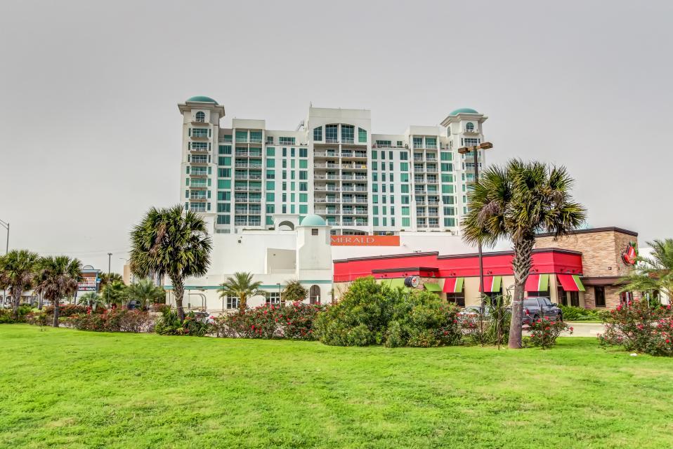 Emerald By The Sea #806 - Galveston Vacation Rental - Photo 53