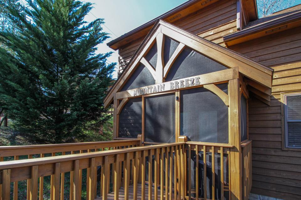 Mountain Breeze Cabin - Sevierville Vacation Rental - Photo 43