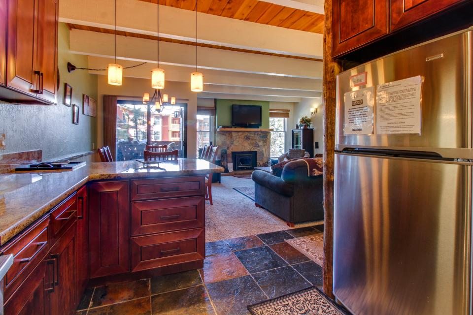 Val D'Isere 26 - Mammoth Lakes Vacation Rental - Photo 10