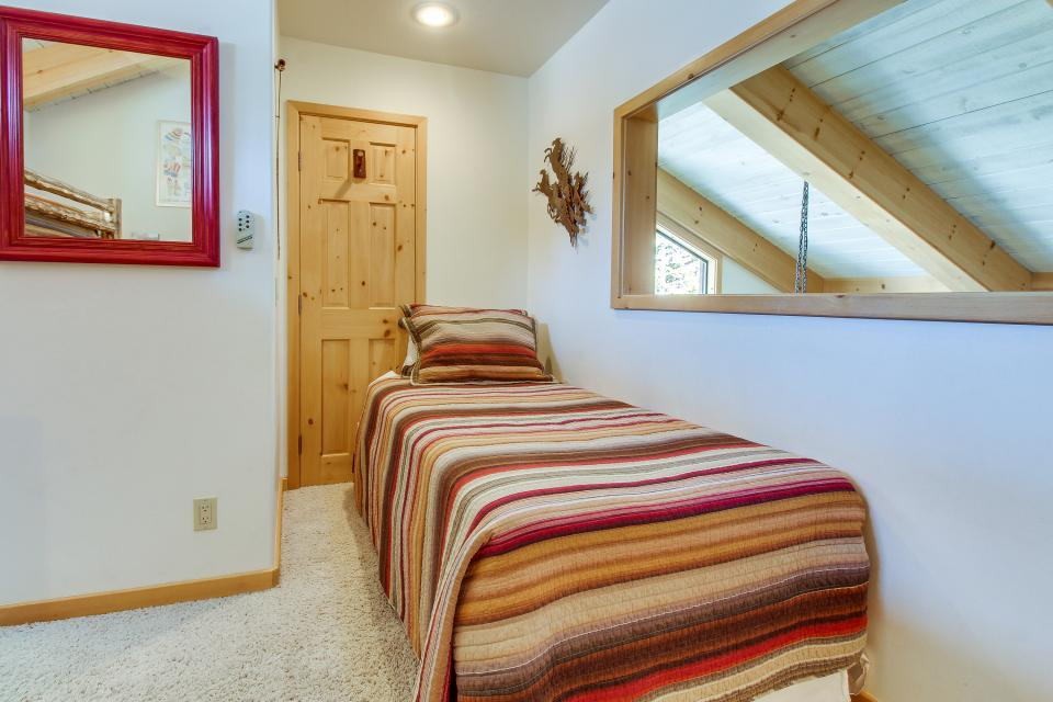 Val D'Isere 45 - Mammoth Lakes Vacation Rental - Photo 26