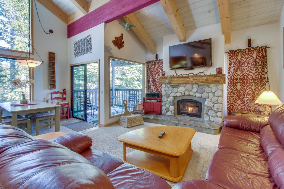 Val D'Isere 45 - Mammoth Lakes Vacation Rental - Photo 1