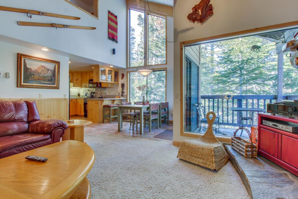 Val D'Isere 45 - Mammoth Lakes Vacation Rental - Photo 12