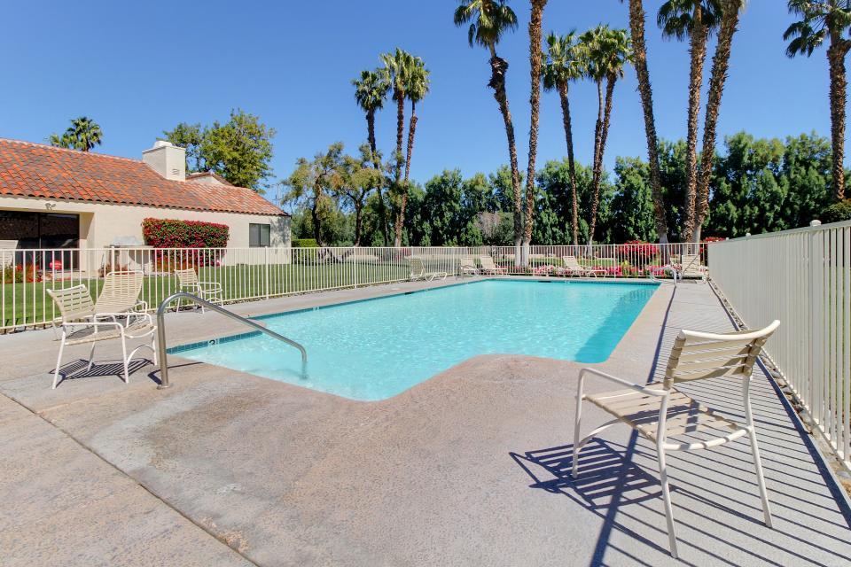 Sunning Days - Rancho Mirage Vacation Rental - Photo 2