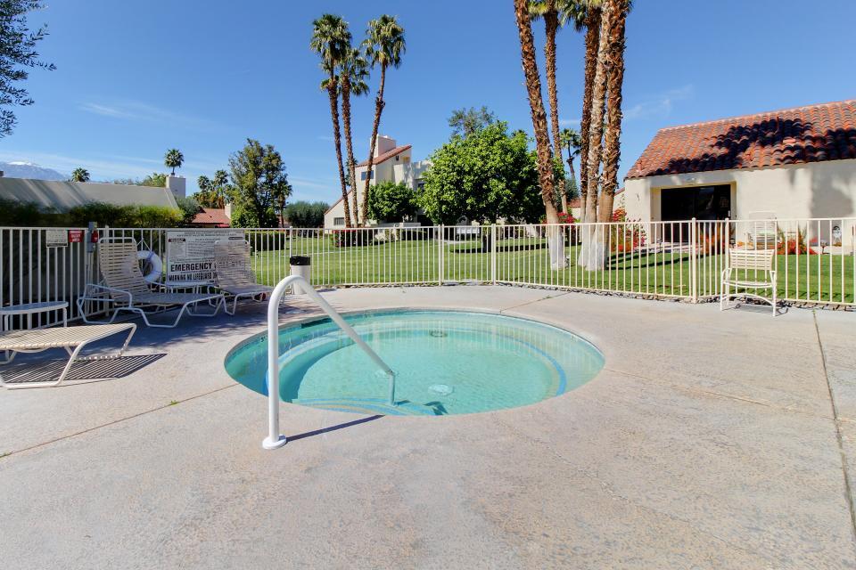 Sunning Days - Rancho Mirage Vacation Rental - Photo 3