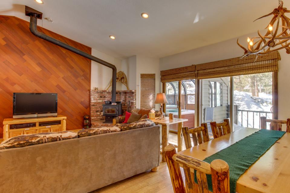 Forest Creek 12 - Mammoth Lakes Vacation Rental - Photo 2