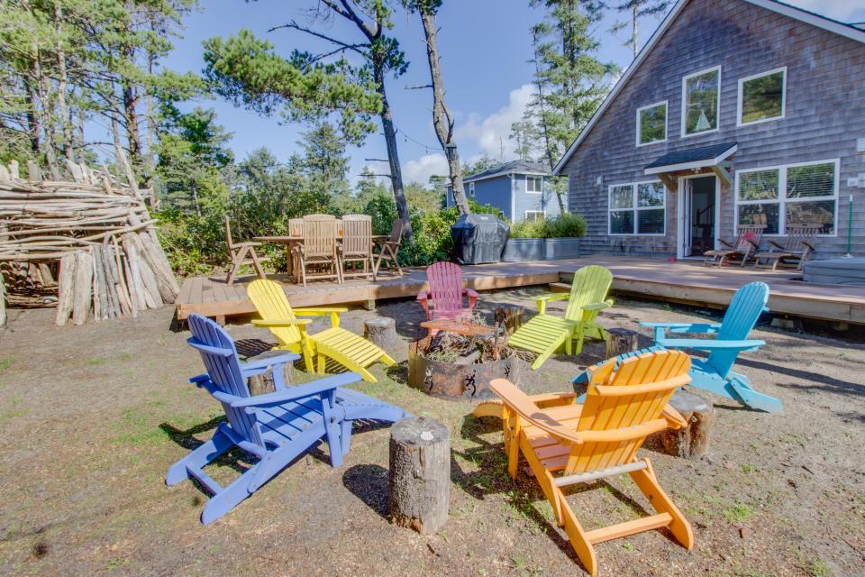Rockaway Getaway - Rockaway Beach Vacation Rental - Photo 13