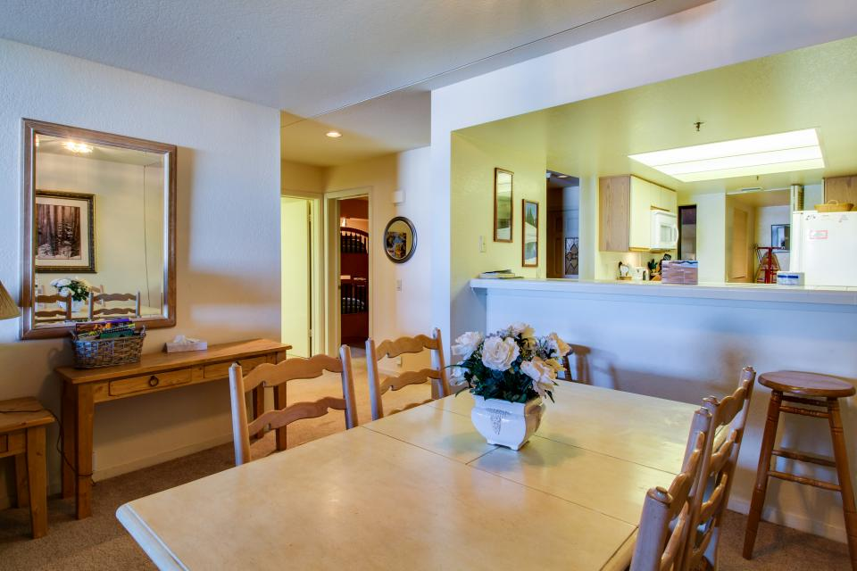 The Bridges 102 - Mammoth Lakes Vacation Rental - Photo 4